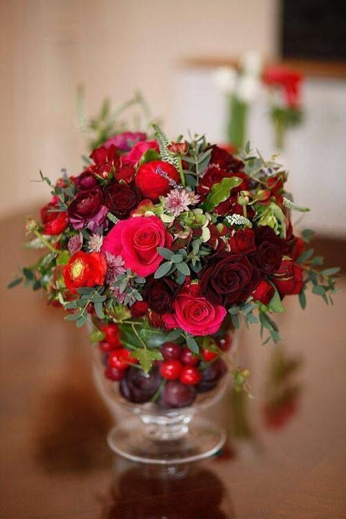 Rose Bouquet with Cranberries