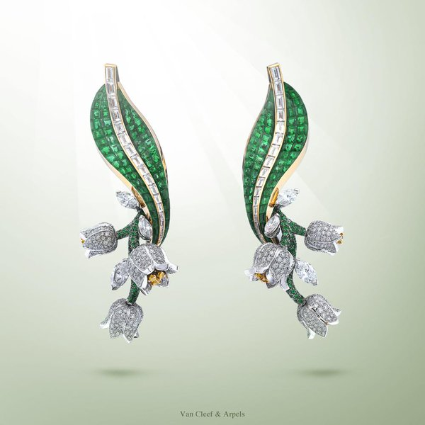 VCA Muguet earrings
