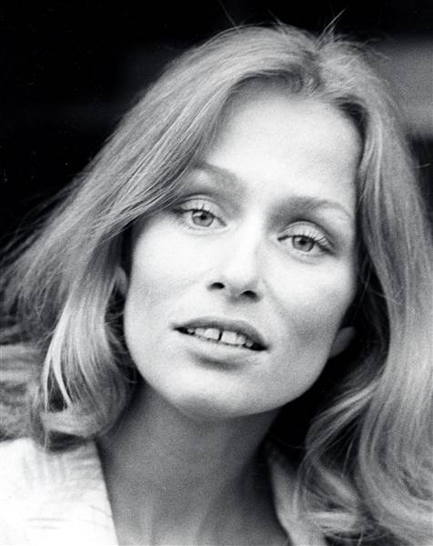 Supermodel Lauren Hutton in 1975