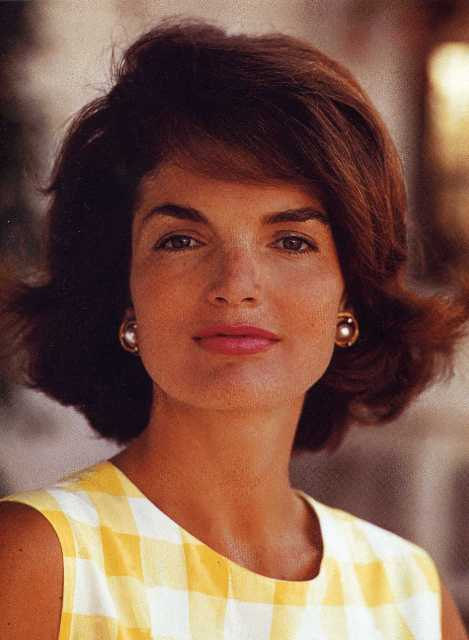 Jackie Kennedy in yellow at Hyannisport