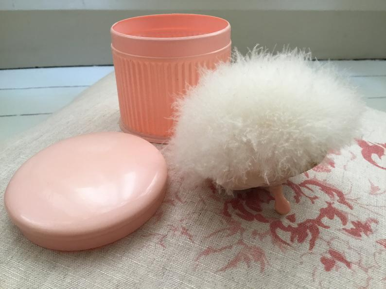 pink powder puff