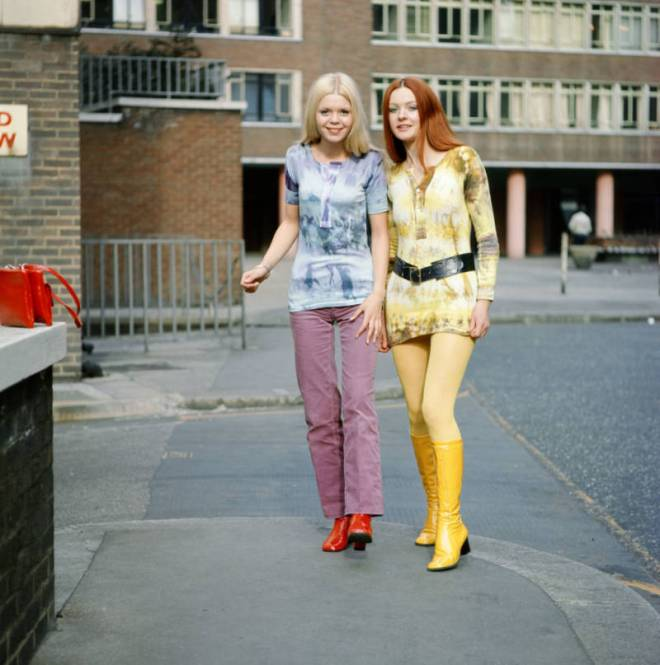 Teenaged girls wearing tie-dyed clothing, 1970s, Doreen Spooner
