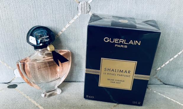 Scent Sample Sunday: Shalimar Hair Perfume